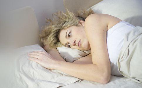 女人失眠掉发 或是肾虚在作怪