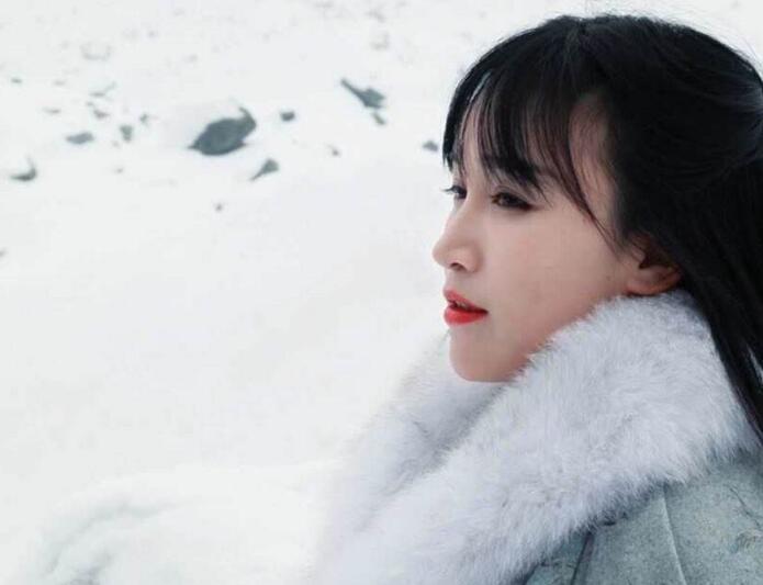 李子柒的全部档案 李子柒父母怎么去世的揭露李子柒心酸童年