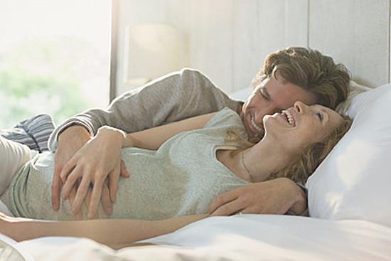 孕妇性生活有哪些好处 孕妇性生活应该注意些什么