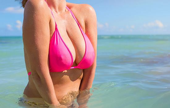 乳房胀痛有硬块是怎么回事 小心这是乳腺增生的信号
