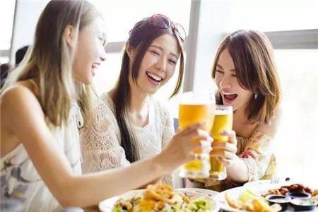 年末各种聚会不断,如何保护胃部