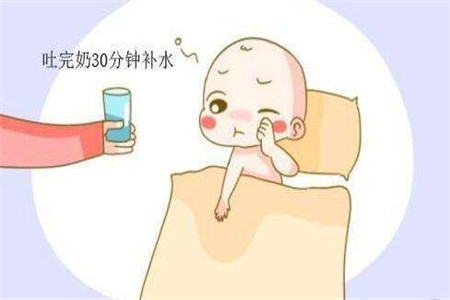 宝宝严重吐奶怎么办,宝妈必懂三种处理方法