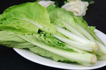 清爽又高营养的食谱,小白菜炖土豆这样做