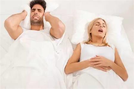 女人打呼噜的原因是什么,睡觉打呼噜的调理方法