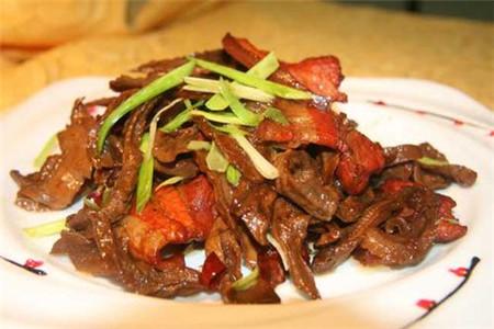 笋干烧肉的做法