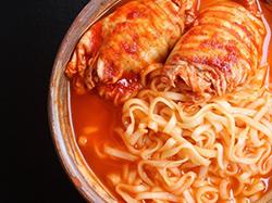 泡面和方便粉丝哪个更安全一点?长期吃速食品的危害有哪些