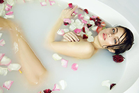 女澡堂里的男搓澡工 给女性搓澡的经历